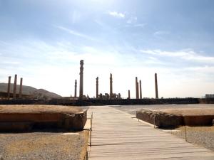 921. Persépolis. Puerta de Jerjes.