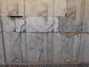 951. Persépolis. Relieves de la Apadana