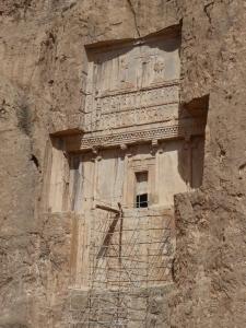 1022. Persépolis. Naqsh-e Rustam. Posible tumba de Jerjes