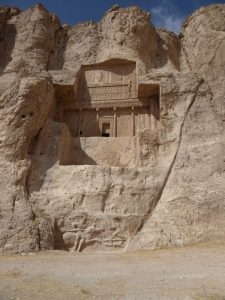 1031. Persépolis. Naqsh-e Rustam. Posible tumba de Artajerjes I