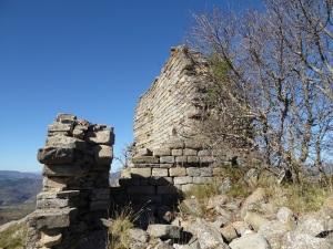Muro sur y restos capilla sur
