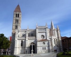 033. Valladolid. Santa María la Antigua