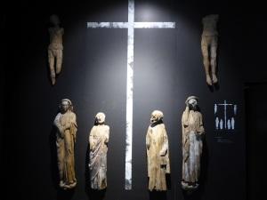 051. Pamplona. Catedral. Museo-Exposición. Calvario de Urzainqui. Principios del XIV