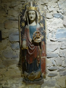 054. Pamplona. Museo-Exposición. Talla de Santa Catalina. 2ª mitad del XIV