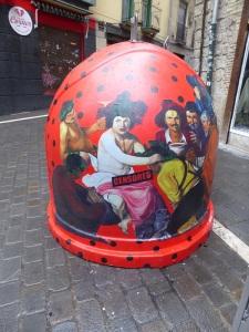 061 Pamplona. Contenedor de vidrio decorado