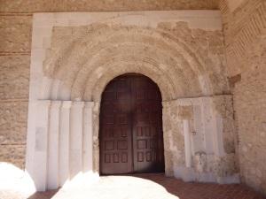 220. Olmedo. Santa María del Castillo. Portada románica