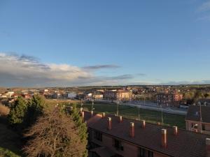 030. Astorga. Desde el paseo de la Muralla