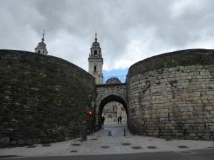 060. Lugo. Puerta de Santiago