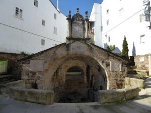 112. Mondoñedo. Fuente de 1548