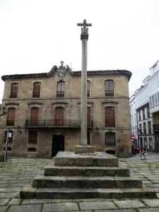 202. La Coruña. Palacio de Cornide y cruceiro