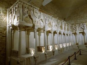 252. Santiago de Compostela. Antiguo coro recompuesto con fragmentos hallados