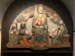 261. Santiago de Compostela. Museo catedral. Tímpano de Doña Leonor. 2º cuarto del XIV. Procede de la capilla de Doña Leonor