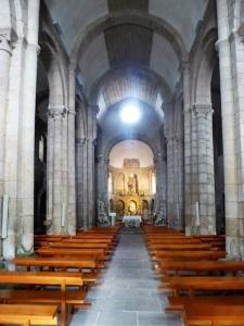 312. Santiago de Compostela. Nuestra Señora del Sar. Interior