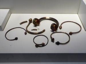 406. Pontevedra. Museo Provincial. Tesoro de Foxados (Curtis, La Coruña). 400-60 a. C.