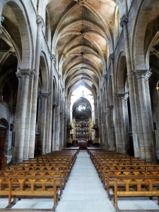 498. Orense. catedral. Nave central
