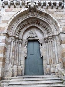 156. La Coruña. Iglesia de Santiago. Portada occidental