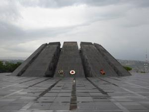 102. Ereván. Monumento del genocidio armenio