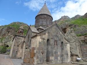 1074. Monasterio de Geghard. Katoghikeh