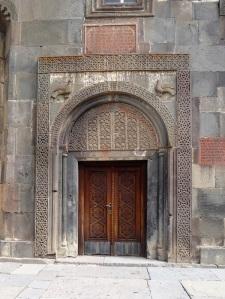 1077. Monasterio de Geghard. Katoghikeh