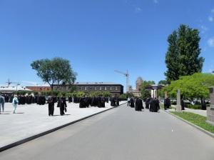 233. Echmiadzin. Recinto de la catedral