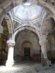 398. Monasterio de Goshavank. Gavit de Santa Madre de Dios