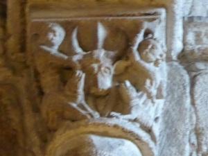 Capitel interior 1