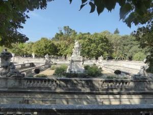 064-nimes-jardins-de-la-fontaine