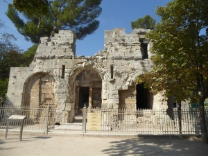 067-nimes-templo-de-diana