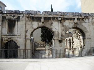 091-nimes-porta-de-augusto