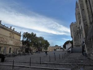 189-avinon-plaza-del-palacio
