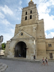 219-avinon-catedral