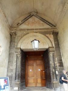 220-avinon-catedral-portada