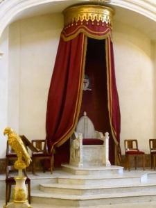 223-avinon-catedral-sillon-en-marmol-del-xii