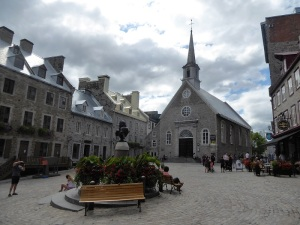 256. Quebec. Plaza Real