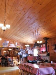 280. Tres Rivières (cabaña de azúcar)