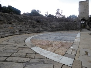 318-arles-teatro-antiguo