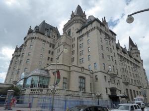 323. Ottawa. Hotel Castillo Fairmont