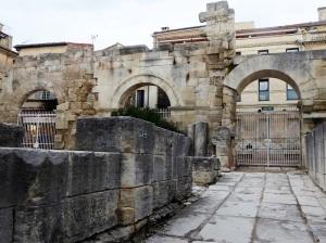 326-arles-teatro-antiguo