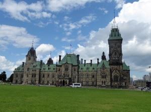 335. Ottawa. Edificios del Parlamento