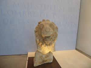 374-arles-museo-departamental-del-arles-antiguo-leon-de-la-arcoule-siglo-i-a-c