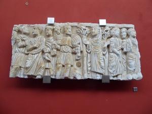 386-arles-museo-departamental-del-arles-antiguo-sarcofago-del-buen-pastor-1a-mitad-del-siglo-iv