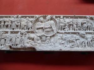 388-arles-museo-departamental-del-arles-antiguo-sarcofago-con-la-historia-de-jonas-340-aprox
