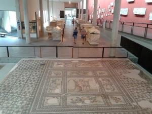 396-arles-museo-departamental-del-arles-antiguo-mosaico