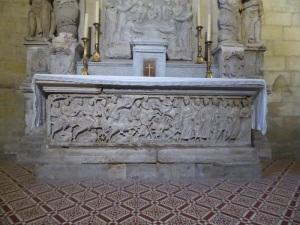 415-arles-st-trophime-sarcofago-con-el-paso-del-mar-rojo-mediados-siglo-iv