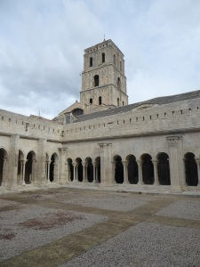 422-arles-st-trophime-claustro