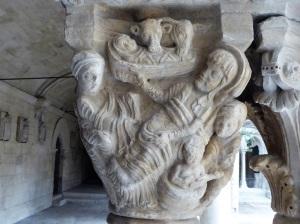 claustro-capitel-natividad-1