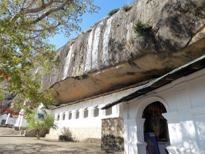 174-dambulla-templos-rupestres