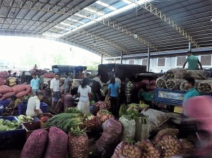 220-dambulla-mercado-al-mayor-de-frutas-y-verduras