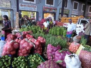 227-dambulla-mercado-al-mayor-de-frutas-y-verduras