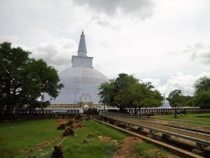 344-anuradhapura-thuparama-dagoba